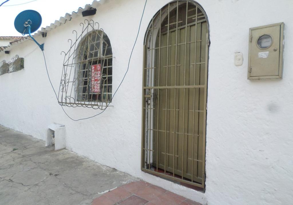 Casa El poblado Girón Carrera 27 Nº 50-15