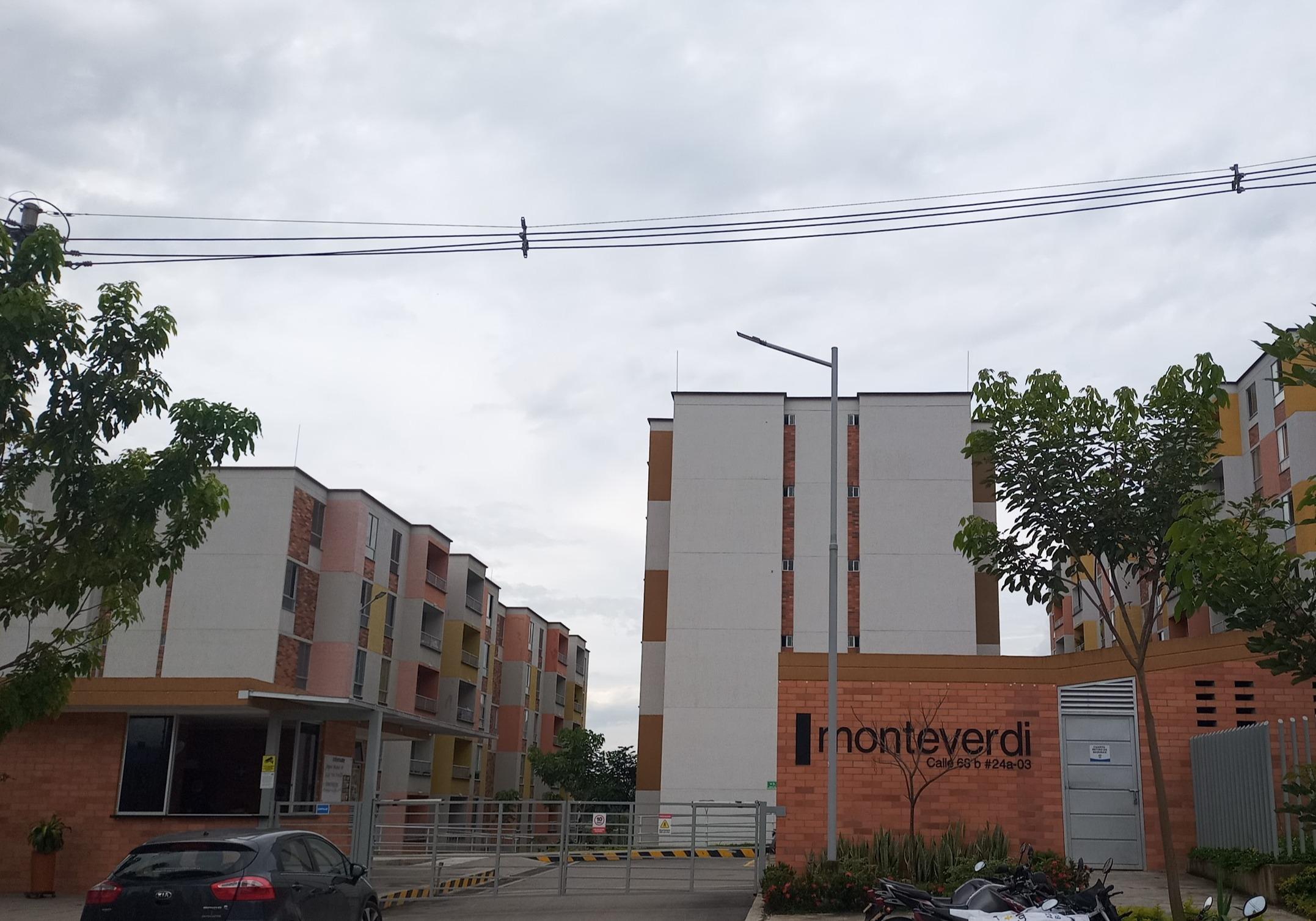 Apartamento Conjunto Montiverdi Torre 10 Apto 202